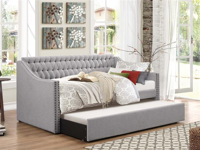 Sofa Style Daybed With Trundle 399 He